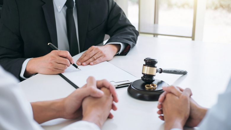 Five Tips to Help You Manage Your Divorce and Finances Effectively