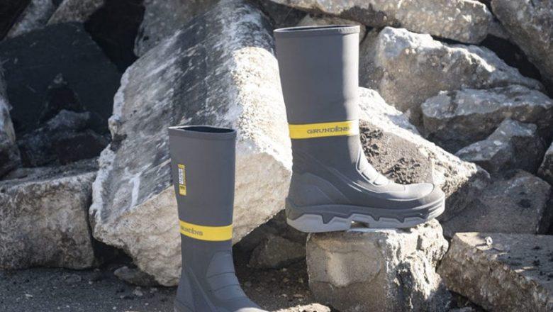 Be safe with Grundéns Men's Deck-Boss Safety Toe Boot